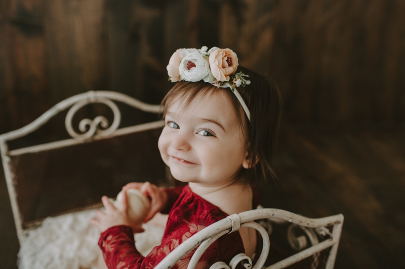 Baby Photography, little girl with flower crown